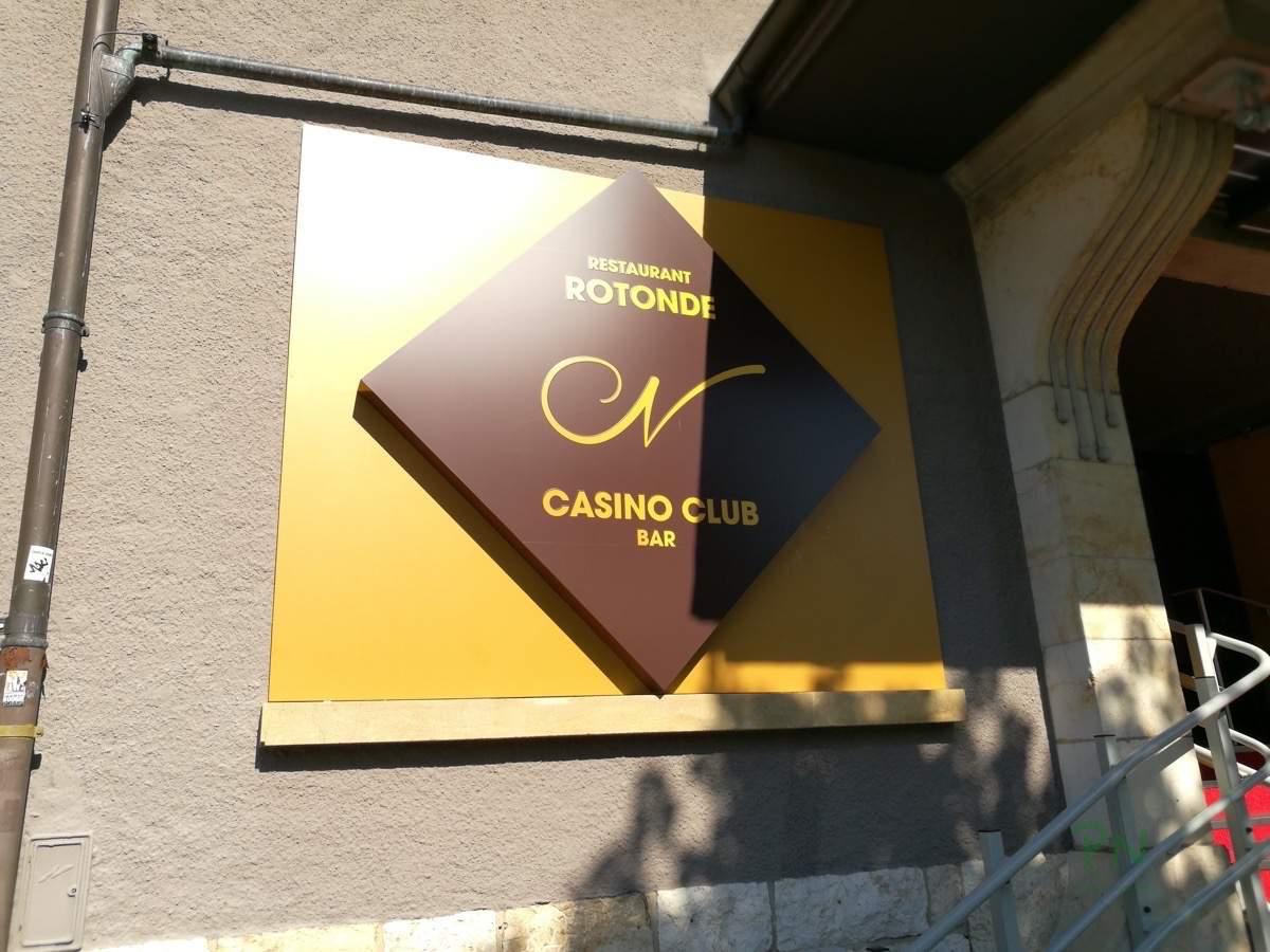 Das Casino Schild